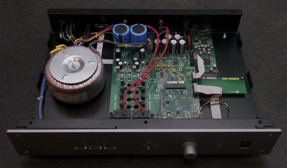 The Job 225, amplificador suizo con tecnología Goldmund a precio ... Audiogon